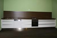 ... frézování c0 hefas korpusy lamino bílé pracovní desky obklad